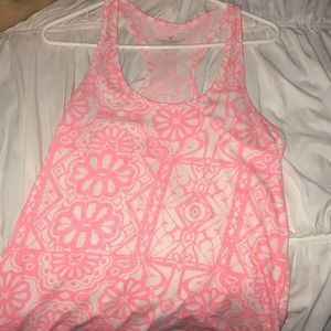 Womens tank top with razor back